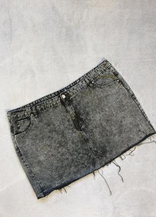 Фирменная красивая юбка boohoo  / большего размера