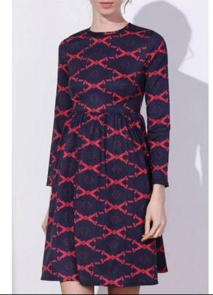 Платье с длинным рукавом в принт