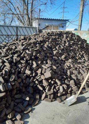 Торфяные брикеты, Уголь ДГ