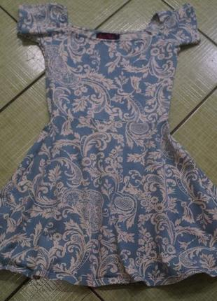 Платье на девочку 10-12 лет