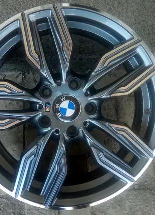 Литые диски BMW R17 5*120 7,5j Et32 Dia72.6