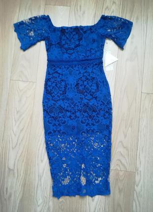 Вечернее синее гипюровое платье, футляр, ниже колена, миди