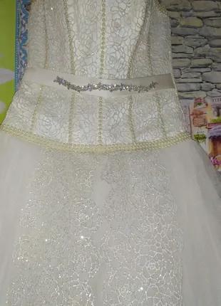 Свадебное платье с корсетом айвори 42 размер.