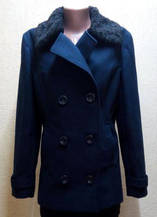 Модное полу пальто