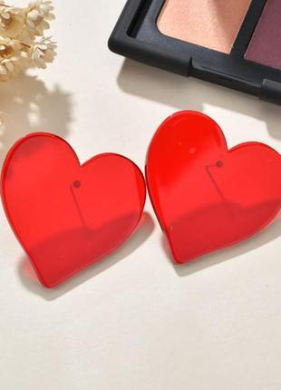Серьги прозрачные сердца красного цвета