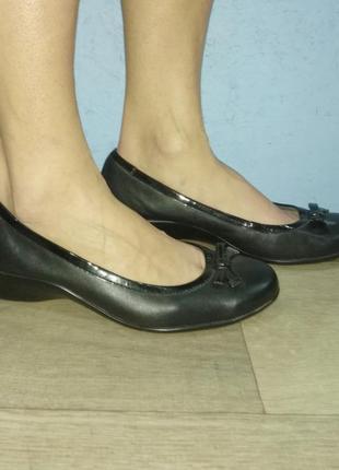 Кожаные туфли балетки footglove р 39-39,5 сост новых