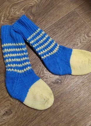 Вязанный носки (ручная работа)