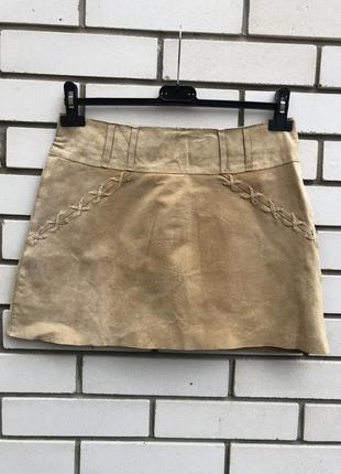Бежевая  юбка из натуральной  замши morgan