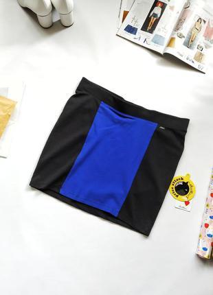 Трикотажная мини юбка черный синий chillin crop