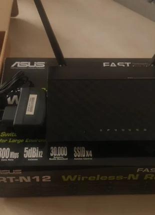 Роутер ASUS RT-N12 C1 (скорость 300 Мбит/с) с поддержкой 4 SSID