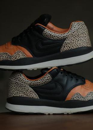 Мужские кроссовки nike air safari