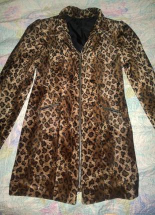 Красивое пальто размер s-m