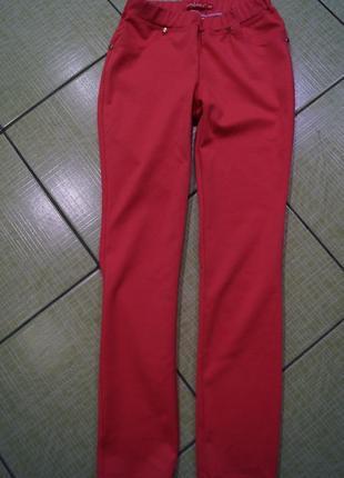 Штаны на девочку ,рост 140 см
