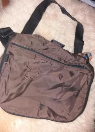 Большая коричневая сумка полуспорт