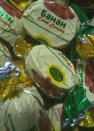 Банан в шоколаде, Шоколадные конфеты в ассортименте