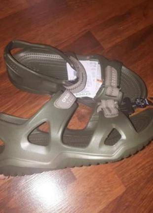Сандали crocs m7-13