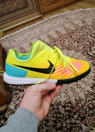Сороконожки Nike Самые новые  42размер