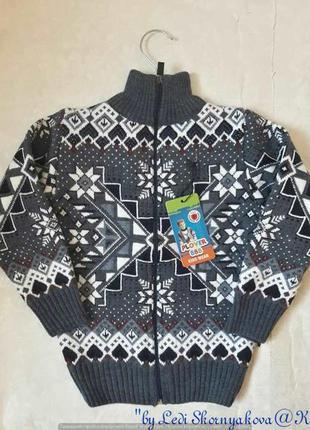 Новый шерстянной (на 70 % шерсть) свитер/кофта/пуловер в орнам...
