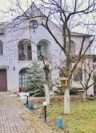 Продам шикарный большой дом на Правом берегу