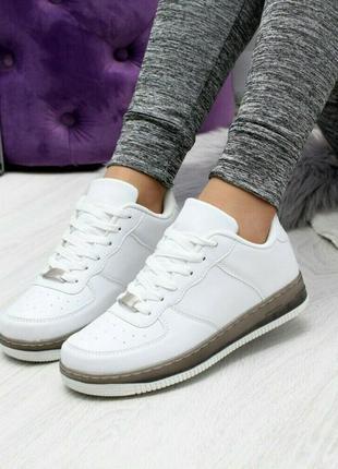Sale.белые кроссовки ботинки кеды мокасины на черной подошве