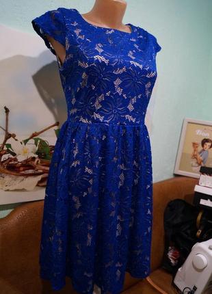 Кружевное платье р.л ,бренд sisters