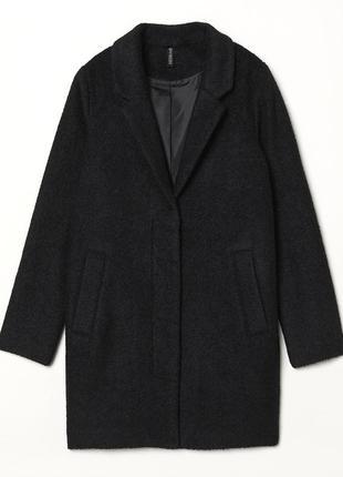 В наличии - буклированное деми-пальто *divided by h&m* 4/36 р....