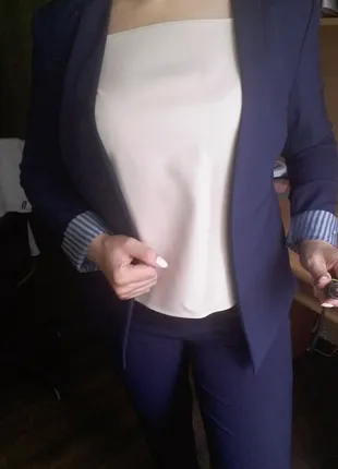 Женский брючный костюм RESERVED