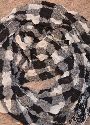 Длинный шарф в клетку  из натуральной ткани черный с белым