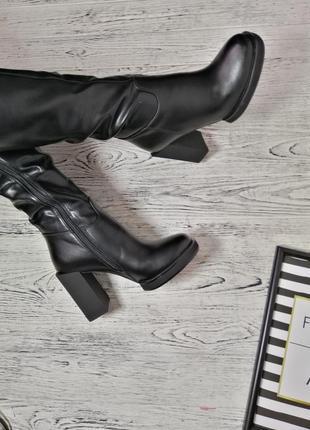 Новые качественные зимние сапоги на каблуке зима