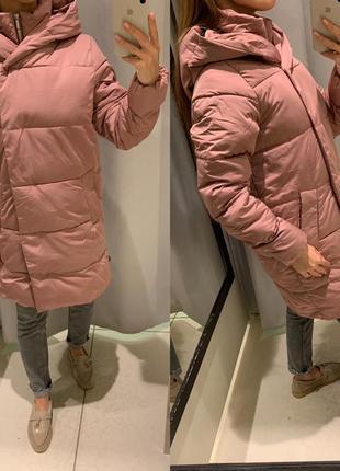 Стеганое пудровое пальто куртка reserved есть размеры