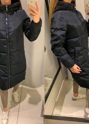 Длинная синяя зимняя куртка reserved есть размеры