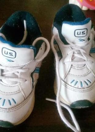 Глубокие кроссовки на мальчика