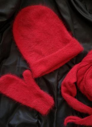 Вязаный набор малинка шапка и шарф бактус ангора кролик