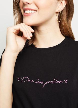 New look. товар из англии. комфортная футболка с неоновой надп...