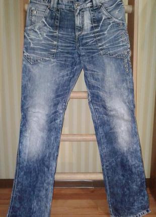 Мужские брюки джинсы варенки потертые sergio falconi
