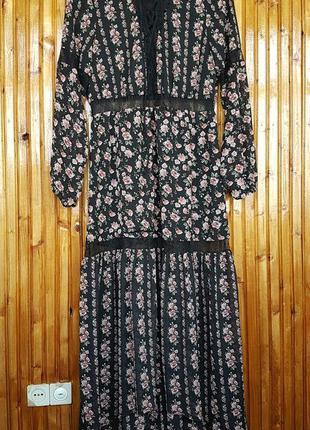 Красивое платье h&m с кружевными вставками