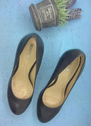 Кожаные туфли geox новые р 36