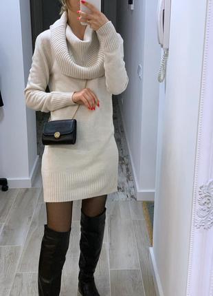 Тёплое платье с воротником - хомутом