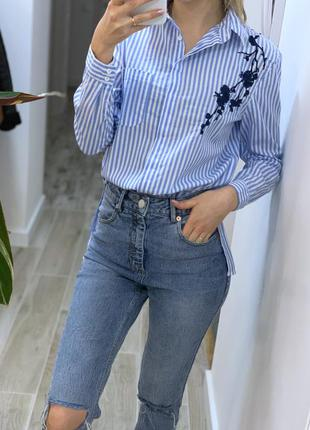 Очень красивая рубашка с вышивкой