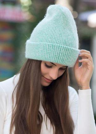 Женская зимняя шапка-бини мятная