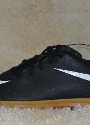 Nike 37р футзалки, сороконожки оригинал. бутсы бампы