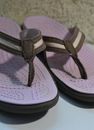 Crocs 40-41р шлепанцы вьетнамки сандалии босоножки