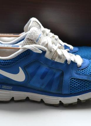 Nike 42.5р кроссовки оригинал.