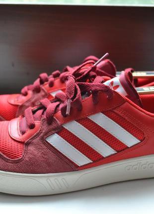 Adidas 44р кроссовки кожаные. оригинал