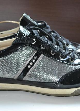 Ecco 39р кроссовки туфли кожаные женские лакированные.