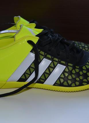Adidas 39-40р футзалки бутсы бампы сороконожки. оригинал