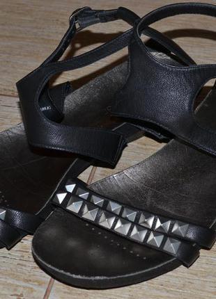 Clarks 40р сандалии босоножки кожаные.