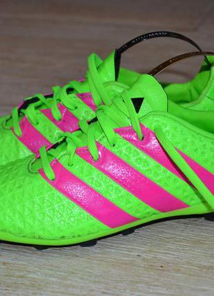 Adidas 34-33р буцы бутсы, шиповки, копы  бампы оригинал 2015г.в.