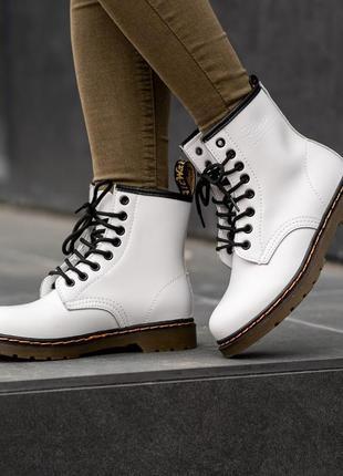 Весенние dr.martens 1460 white женские демисезон ботинки докто...