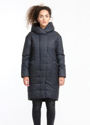 Стильная зимняя женская серая куртка-парка